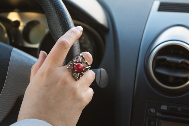 Sabia que o perfeccionismo pode estar te impedindo de superar o medo de dirigir?